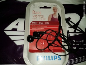 philips in-ear headphone SHE1360